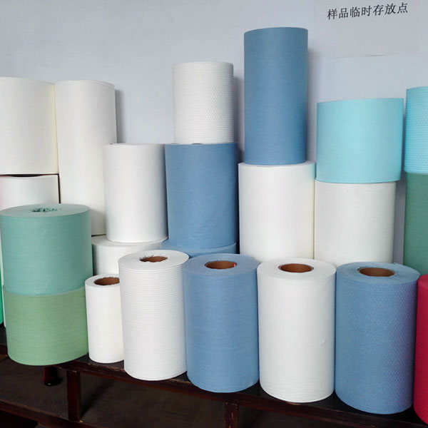 Colorful wood pulp laminated spunlace nonwoven fabric
